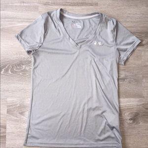 Under Armour women's small T-shirt
